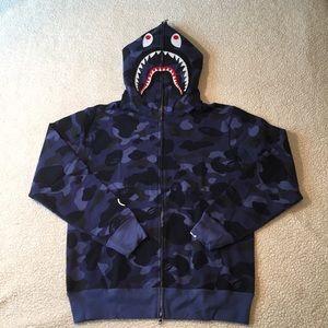 5fcfa3edc9d1  BAPE  Medium  Blue Camo  Shark Hoodie